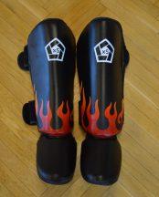 Bőr lábszárvédő fekete lángokkal